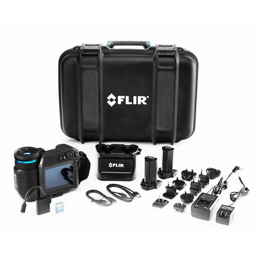 FLIR Thermal Imaging Camera T530 79304-0101 24°+14° Lens 320x240 -20°C to 650°C with FLIR Studio